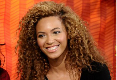 Beyoncé Baby Rumors Heat Up from Natural Hair Talk