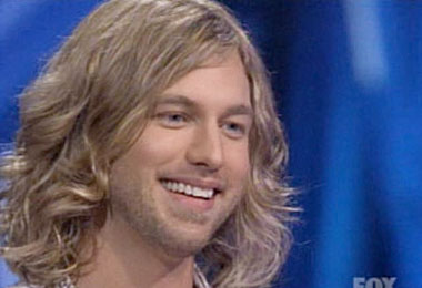 Casey James: Love that Curly Cut