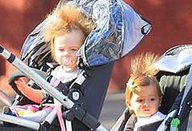 Sarah Jessica Parker's Daughters Steal the Spotlight