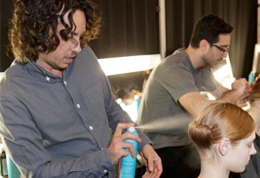 Fashion Week 2011: Vera Wang, Carolina Herrera Runway Stylists Handle Curls with MoroccanOil Treatment