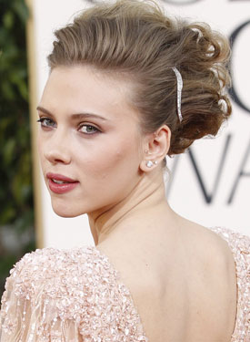 Does Scarlett Johansson Have Naturally Curly Hair