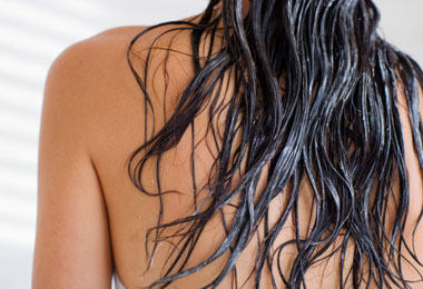 Is Your Conditioner Causing Flyaways?
