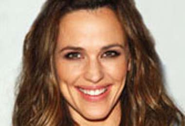 Christo's Celebrity Corner: Jennifer Garner