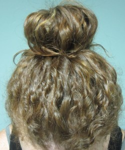 How To Make A Perfect Curly Bun Naturallycurly Com