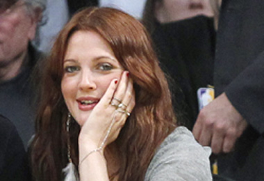 Drew Barrymore's Fall Hair Color & Style