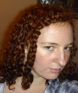 curly hair blogger takes a no product challenge