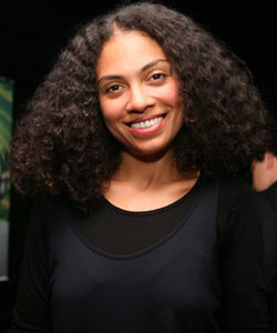 Amel Larrieux with big curly hair