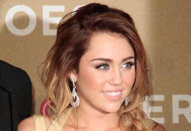 Curly Celebrity Love: Miley Cyrus' Sexy Braid Extensions