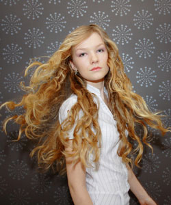 Long Curly Hairstyles Are Sexy Naturallycurly Com