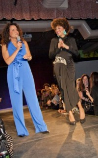 Hosts Michelle Breyer and Taren Guy at Texture on the Runway