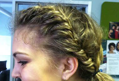 Wavy Beginner's Guide: Two-Strand Twist for Volume & Curl
