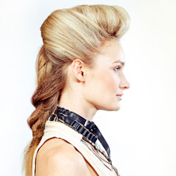 Matrix model wearing a textured braid