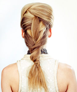 Matrix model wears a textured braid