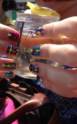 DIY nail art on the Shopping Safari