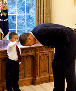 Jacob Philadelphia touches President Obama's hair