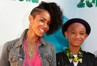 Willow Smith's Big Chop, Hair Dye & Her Parents' Insight