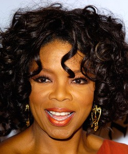 Oprah with easy curls and peach lips