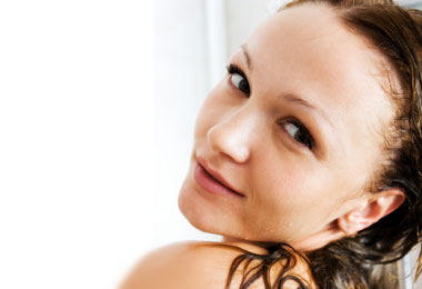 How to do a Hair Rinse for Healthy Hair