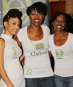 Design Essentials stylists at the Fall 2012 Taliah Waajid World Natural Hair Show