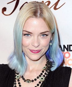 Jaime King blue hair dye, March 2012