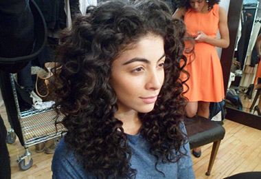 Curly Hair Makeover with L'Oreal Paris EverCurl