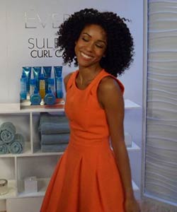 Coily Hair Model at L'Oreal Paris EverCurl video shoot
