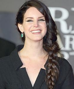 Lana Del Rey braid
