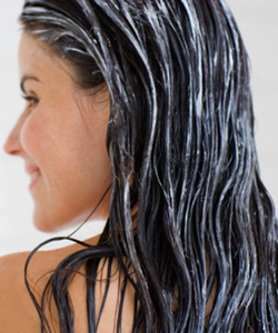 Hair with leave in conditioner