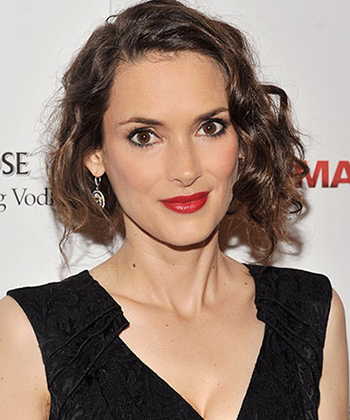 rby-updos-winona-ryder-lgn-57353382