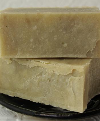 brown butter rhassoul herbal tea shampoo bar