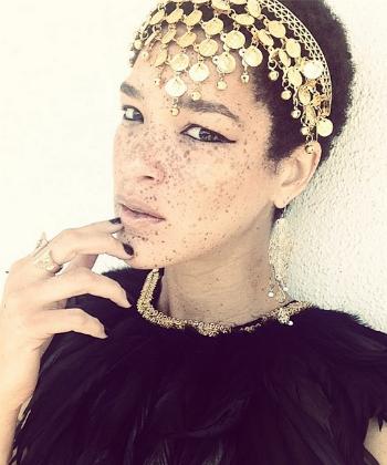 Nikia Phoenix model