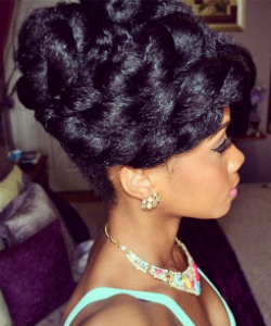 6 Curly Hair Prom Styles