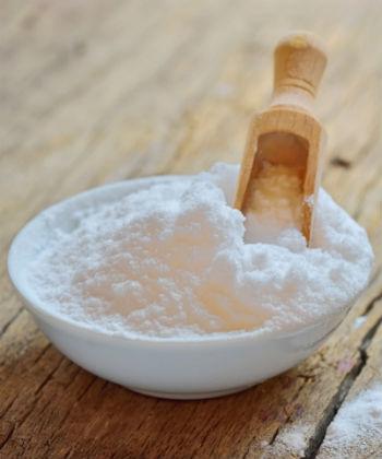 baking soda in bowl