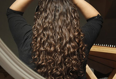 3 Things a Curly Girl Should Never Do