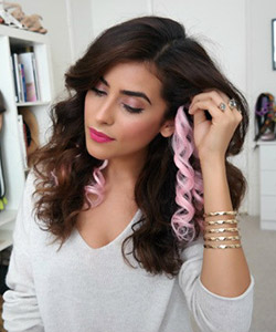 2 Ways to Wear a Colored Clip-In Extension