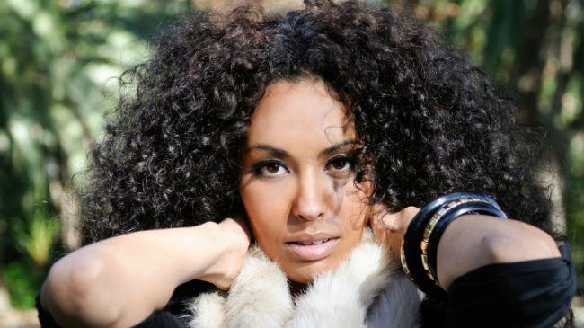 9 hair myths hair everybody falls for for Adda beauty salon cartierul latin
