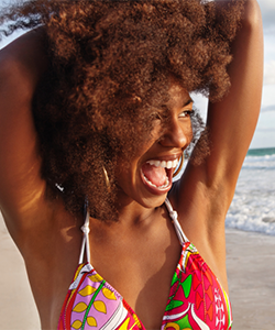 5 Hairstyles to NOT Wear to the Beach