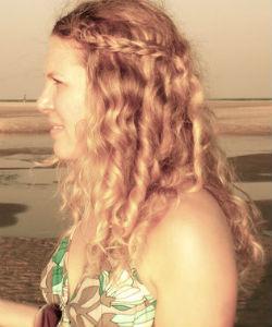 """I Found My True Identity Through My """"Big Texas"""" Hair"""