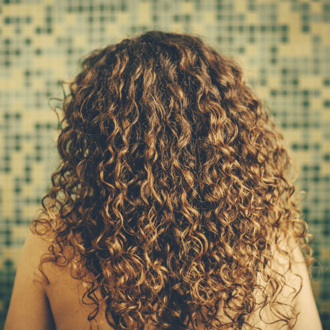 How To Make Your Hair Naturally Curly Without Product