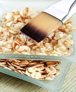 2 Easy Ultra-Moisturizing Oatmeal Hair Mask Recipes