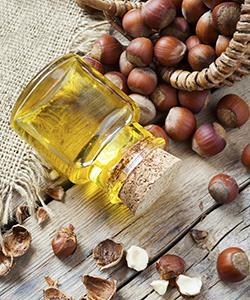 Benefits of Hazelnut Oil for Moisture Retention