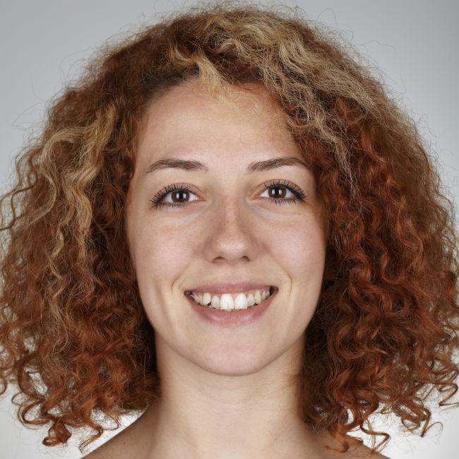 naturally hairy redhead girl