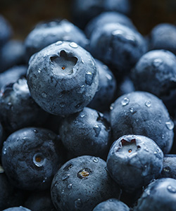3 Benefits of Blueberries for Textured Hair Growth