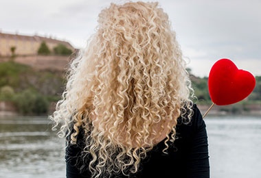 13 Tips for Growing Longer, Healthier Curly Hair