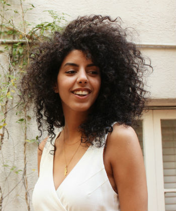 What It's Like Wearing Natural Hair as an Arab American Woman